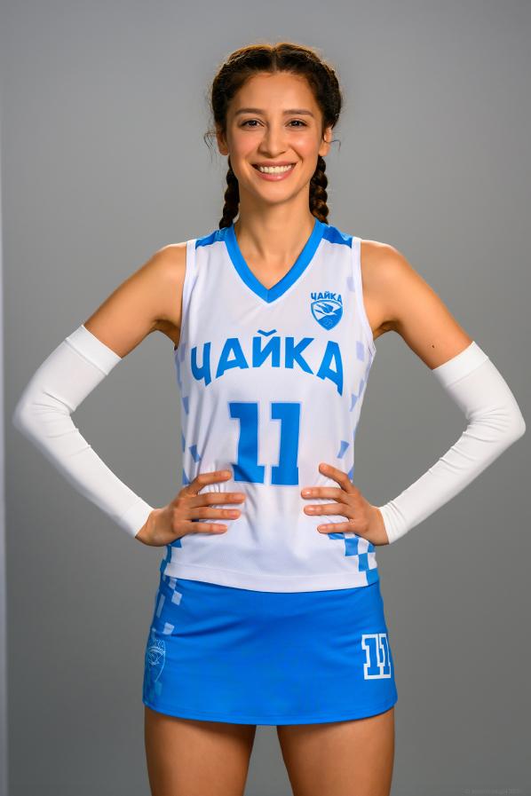 Равшана Куркова.