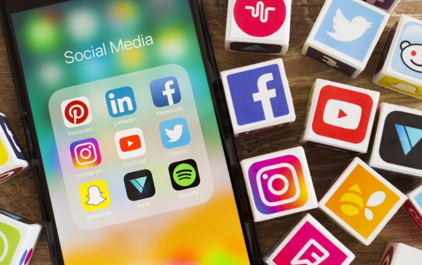 По мнению экспертов, разработчики и владельцы социальных сетей одержимы тем, что их популярность может лопнуть в одночасье, как мыльный пузырь. Фото Getty