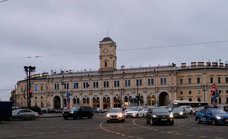 """Николаевский вокзал построен в 1855 году. В 1924-м переименован в Октябрьский, в 1930-м – в Московский. Фото Алена Бобрович, """"Metro"""""""