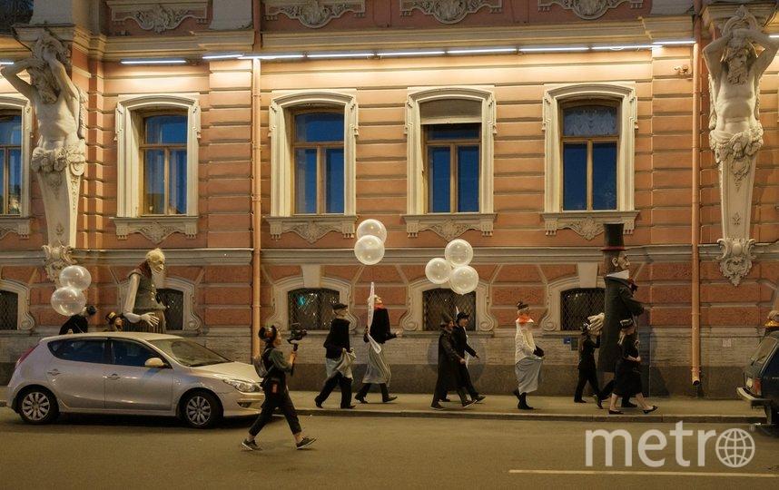 """Прошлись по Аничковому мосту, набережной Фонтанки, и в скором временем оказались на Пушкинской. Фото Алена Бобрович, """"Metro"""""""