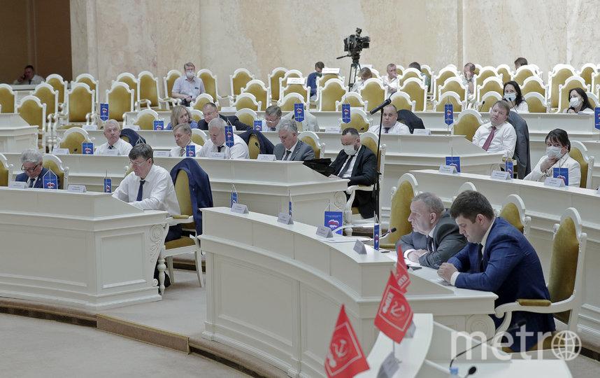 Делегаты утвердили 5 кандидатов. Фото https://www.assembly.spb.ru/