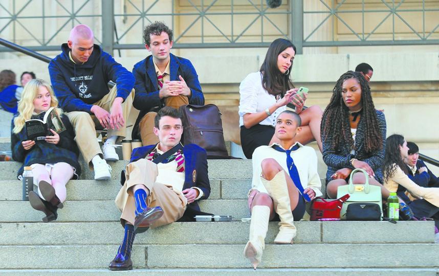 Ученики престижной нью-йоркской школы выглядят вот так. Фото HBO
