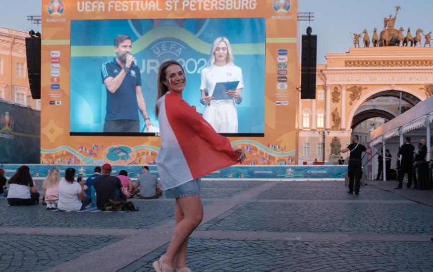 """Юлии нравится, что на Дворцовой площади много свободного места. Фото Алена Бобрович, """"Metro"""""""