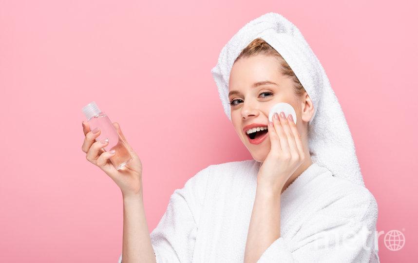 Используют мицеллярную воду для быстрого снятия макияжа. Фото с сайтов производителей