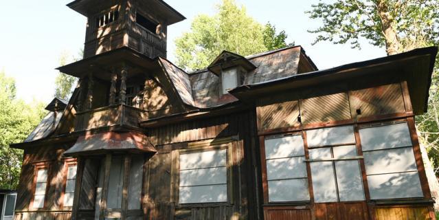В этом доме поэт отпраздновал свое 25-летие.