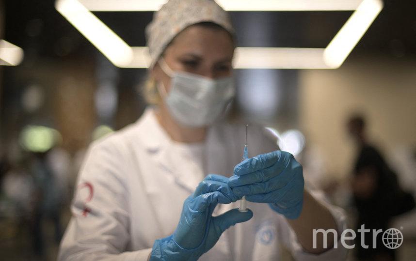 В столице на сегодняшний день от новой коронавирусной инфекции вакцинировано свыше 4 млн человек. Фото AFP