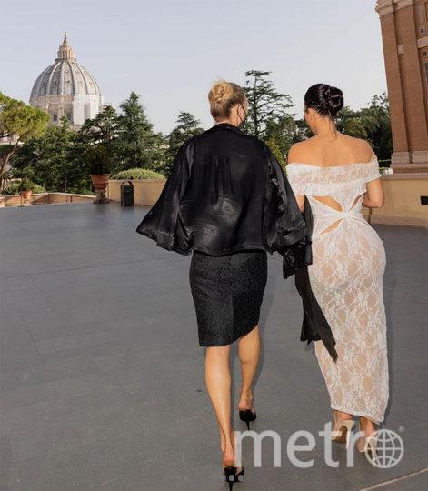 Кейт Мосс и Ким Кардашьян. Фото METRO WORLD NEWS