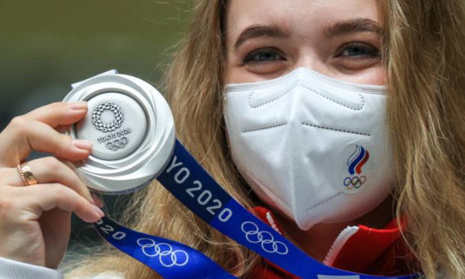 Анастасия Галашина завоевала первую медаль для российской сборной. Фото Getty