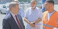 На улице Богдана Хмельницкого ремонтируют дорожное покрытие