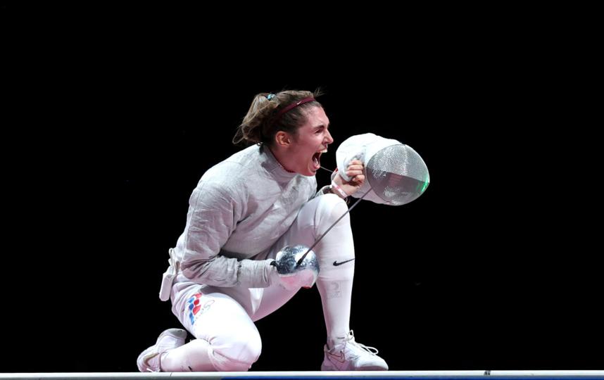 София Позднякова через мгновение после решающего укола, принёсшего ей олимпийское золото. Фото Getty