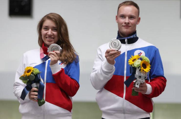 Виталина Бацарашкина и Артем Черноусов. Фото Getty