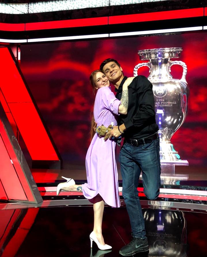 Евгений Рылов со своей девушкой Оксаной. Фото Яна Новикова