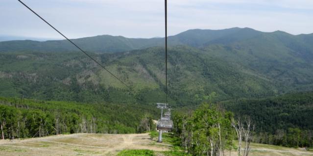 """Спортивно-туристический комплекс """"Горный воздух"""" расположен на горе Большевик на высоте 601 метр над уровнем моря."""