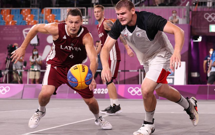 Усилий Ильи Карпенкова (справа) оказалось недостаточно для победы над Латвией в финале. Фото Getty