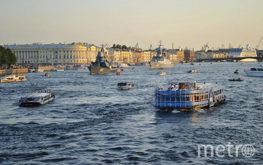 С 7 августа запускается пилотный водный кольцевой «Невский маршрут». Фото pixabay.
