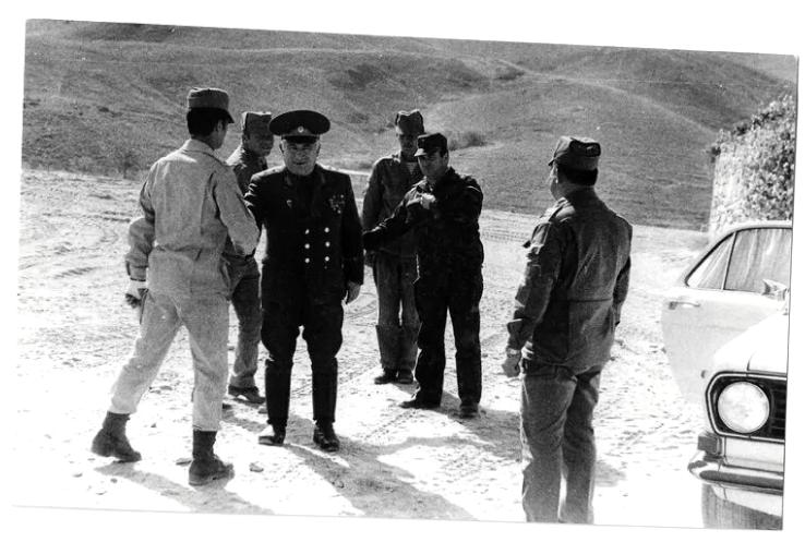 Генерал Смирнов в Афганистане, 1985 год. Фото Личный архив С.М. Смирнова.