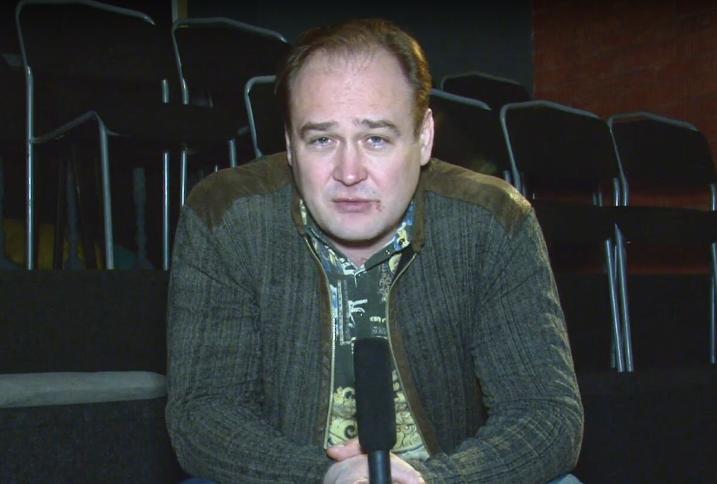 Актер театра на Таганке Иван Рыжиков. Фото Скриншот видео., Скриншот Youtube
