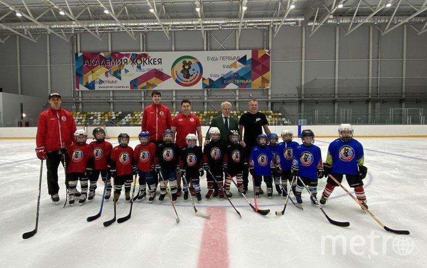 Евгений Попов и Вячеслав Фетисов в Академии хоккея. Фото Роза Абрамова