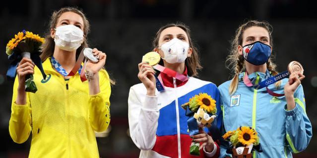 Золотую медаль завоевала россиянка, серебро - спортсменка из Австралии, а бронза досталась представительнице Украины.
