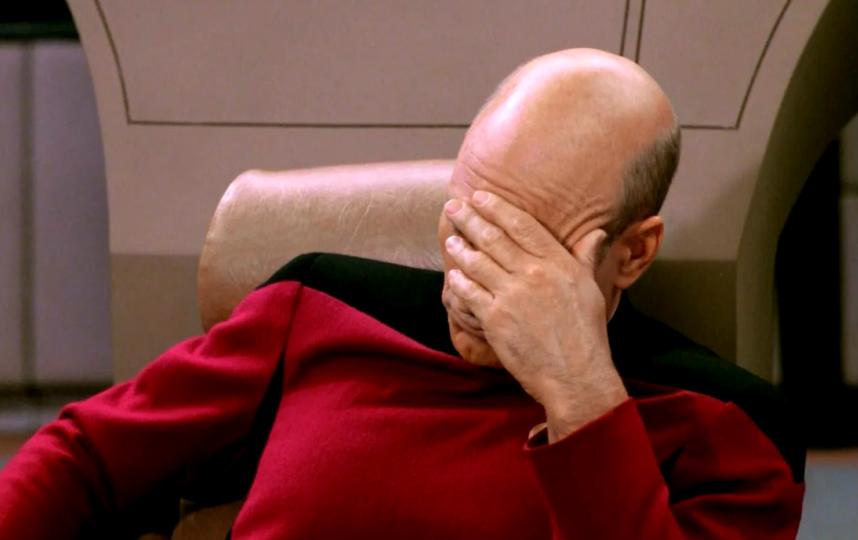 """""""Тем временем рекрутёры, которым надо нанять 147 человек за неделю"""", – так подписал это фото разгневанный пользователь. Фото @tatarinfrontend"""