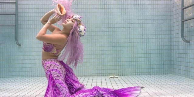 Она первая в мире настоящая русалка.