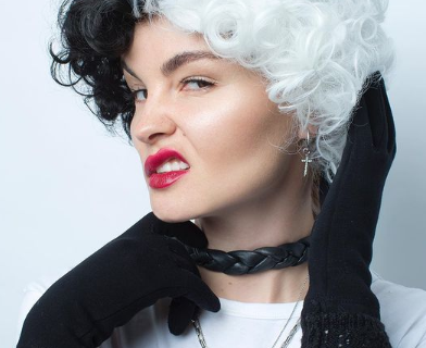 Автопортрет Василисы в роли Круэллы, которую играла Эмма Стоун.