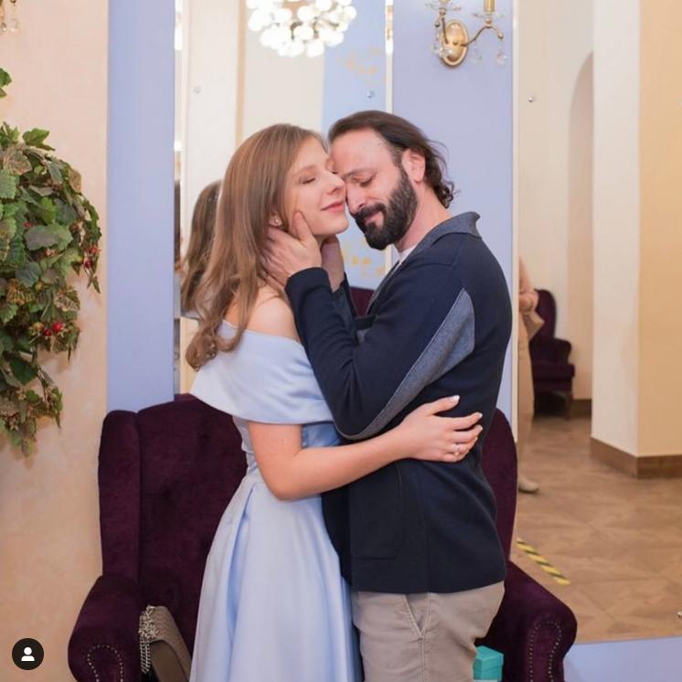 Лиза Арзамасова и Илья Авербух на свадьбе. Фото Instagram: @liza_arzamasova