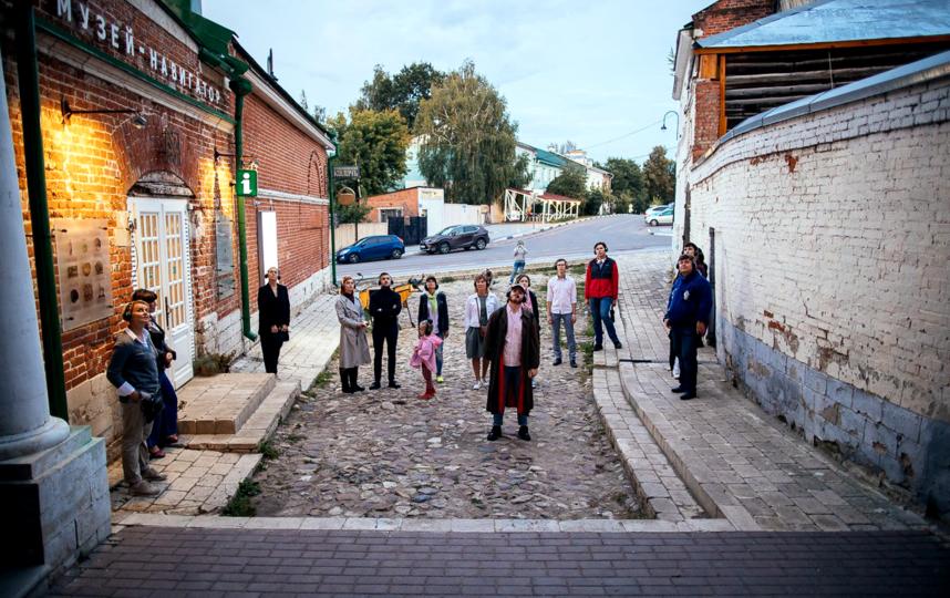 """Участники спектакля """"Ерофеев и другие ангелы"""" никогда не заходят в Кремль из уважения к Ерофееву. Он там никогда не был. Фото предоставлено """"Арткоммуналкой"""""""