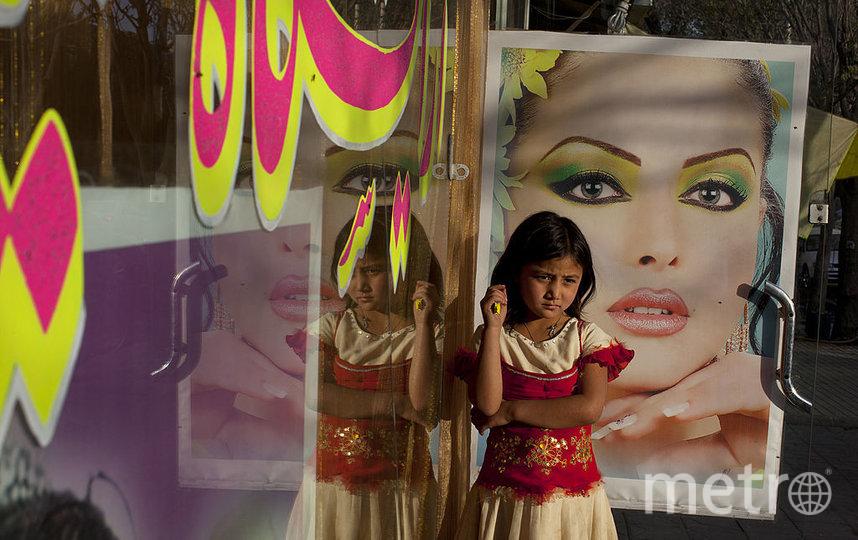 В Афганистане пользовались популярностью салоны красоты. Фото Getty