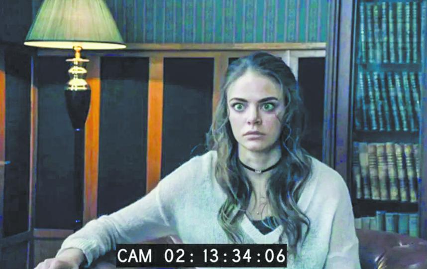 Героиня Маргариты Аброськиной на приёме у гипнолога. Фото Кадр из сериала.