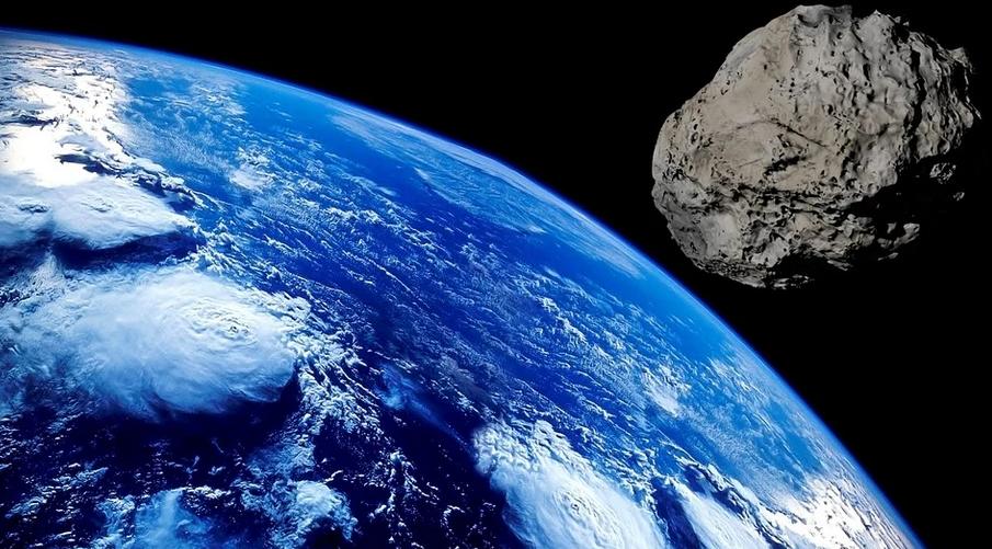 Диаметр летящего астероида оценивается примерно в 1,4 километра. Фото Pixabay.