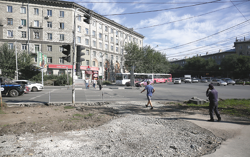 Ремонт дорог на левом берегу. Фото пресс-центр Мэрии Новосибирска