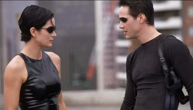 """""""Матрица: Воскрешение"""" выйдет в мировой прокат 15 декабря. Фото кадр из фильма """"Матрица"""" 1999 года выпуска."""