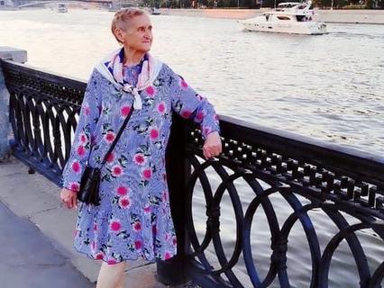 Лидия и Юрий Неневы не расстаются почти ни на минуту: дома – вместе, гулять по городу – тоже вместе.