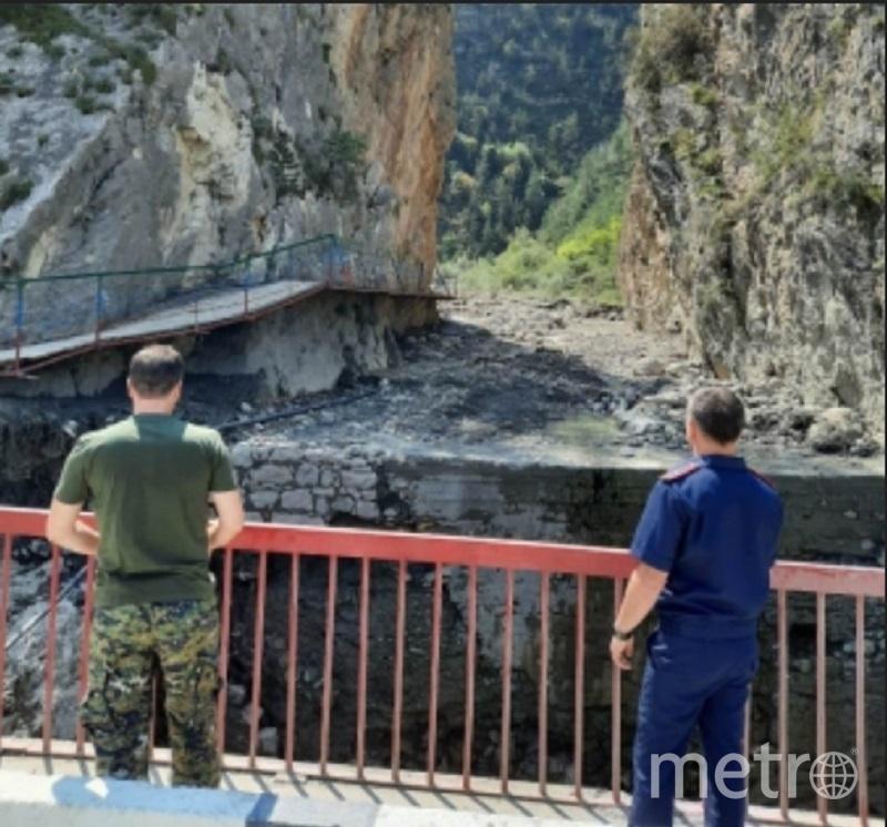 Поиски второго пропавшего туриста продолжаются. Фото sledcom.ru.