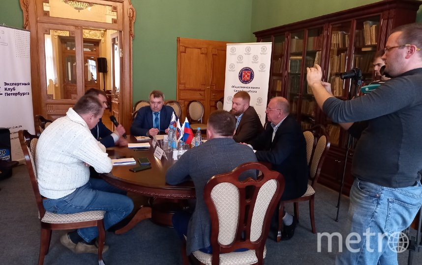Эксперты обменялись мнениями о начале предвыборной агитации в СМИ. Фото евгения назарова