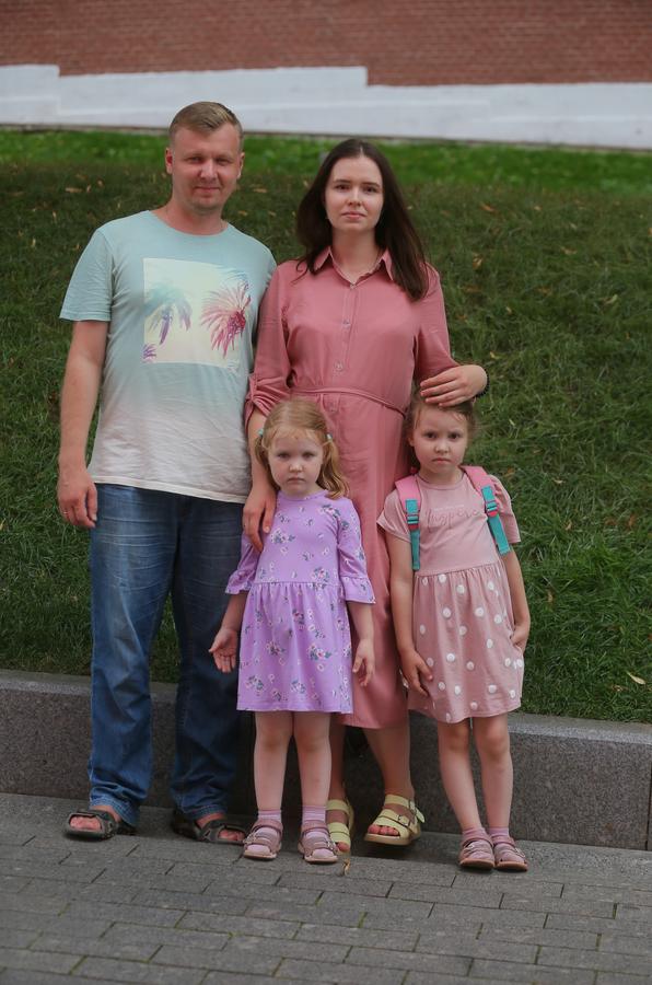 Олег (дизайнер мебели) и Татьяна (домохозяйка). Фото Василий Кузьмичёнок