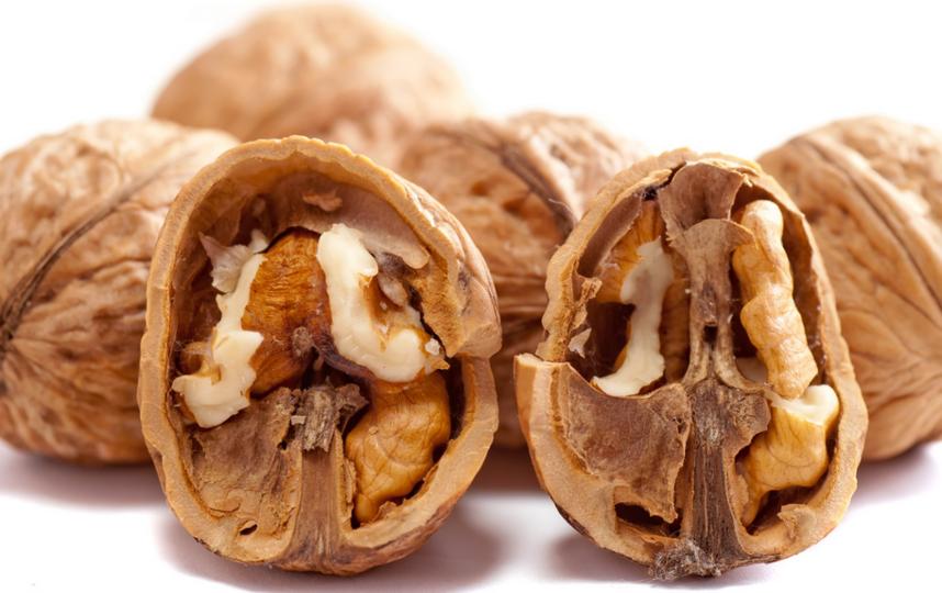 """Орехи """"старого урожая"""" могут быть заражены плесенью или молью. Фото Pixabay"""