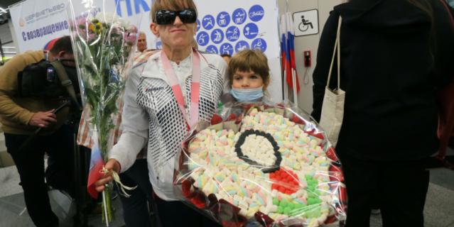 Дзюдоистка Виктория Потапова с дочкой Стефанией.