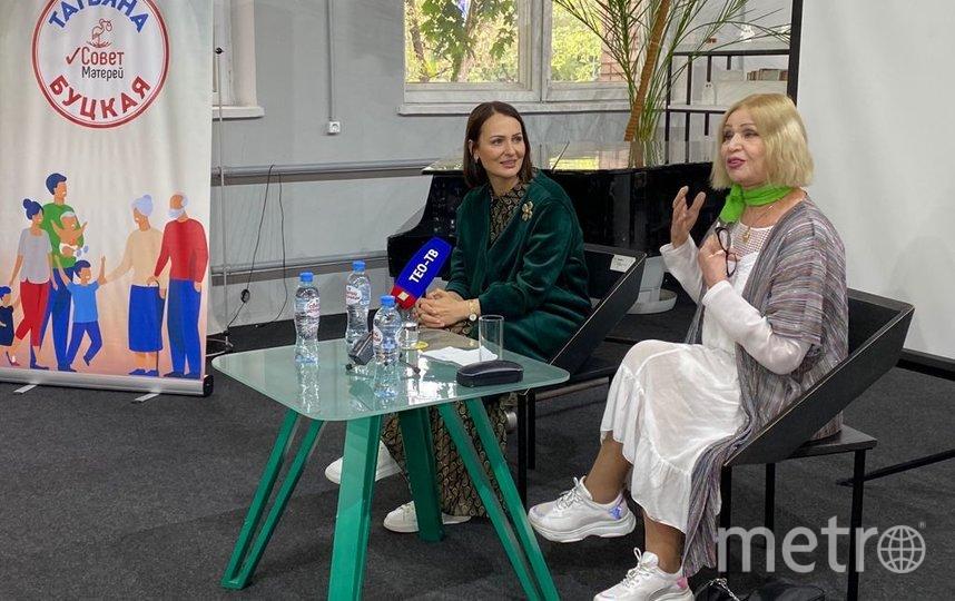 Татьяна Буцкая и Октябрина Ганичкина. Фото Александра Трипалина