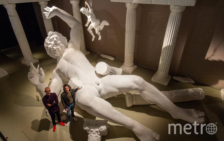 """Скульптура гиганта создана из искусственной керамики. Высота 8 метров. Фото Святослав Акимов, """"Metro"""""""