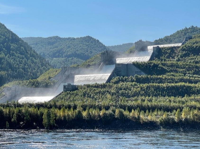 Саяно-Шушенская ГЭС. Фото http://www.rushydro.ru/