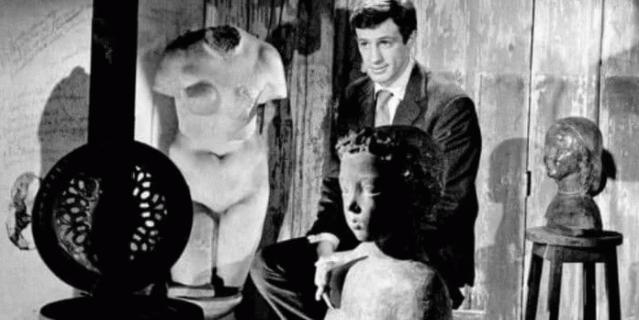 Жан-Поль Бельмондо у отца в мастерской.