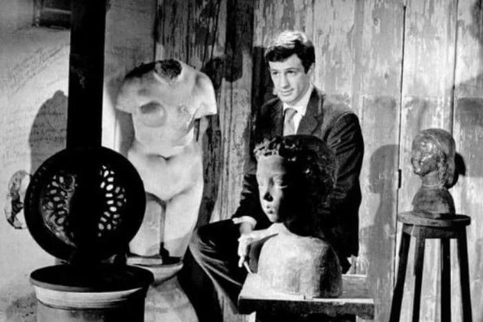 Жан-Поль Бельмондо у отца в мастерской. Фото Getty