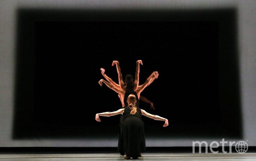 На зрителей разных стран художественное оформление именно этого спектакля - Kaash - действует магнетически. Фото Предоставлено организаторами.