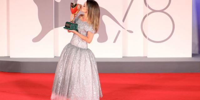 Пенелопа Крус получила приз за лучшую женскую роль.