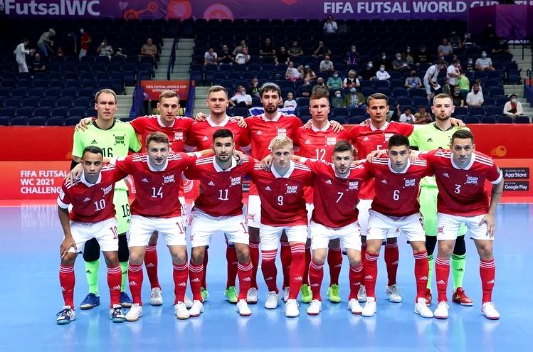 Робиньо (№ 10) и Ромуло (№ 3) уже не первый год защищают цвета российской сборной. Фото @amfr_official