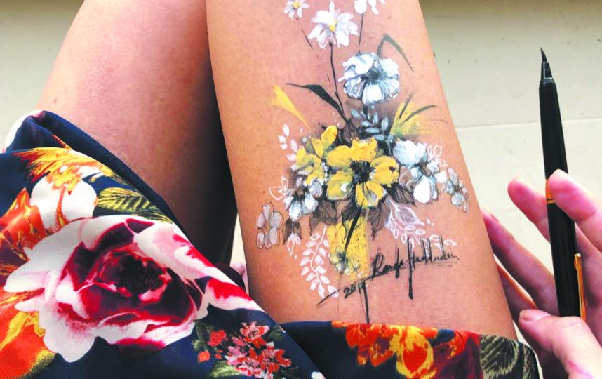 Одна из самых частых тем Ранды для живописи – цветочные узоры. Фото Скриншот Instagram @randahaddadin.