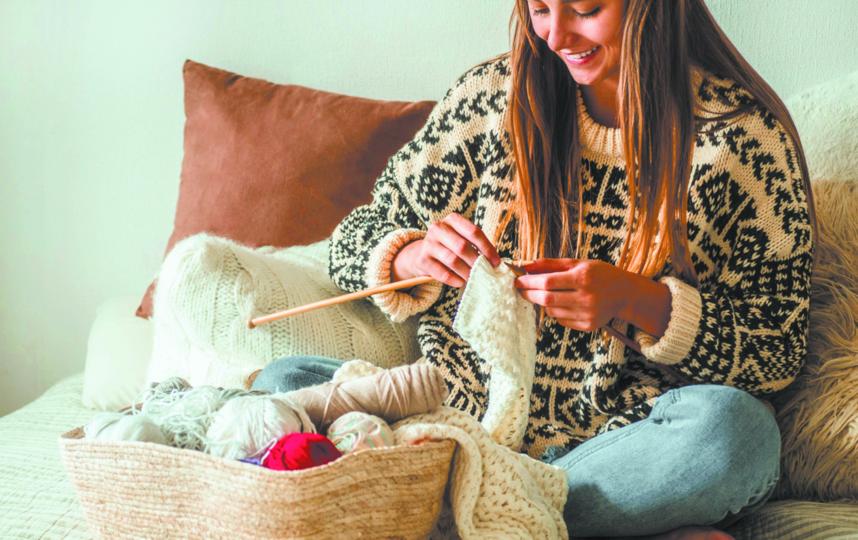 Для многих вязание превращается в прибыльный бизнес. Фото ISTOCK