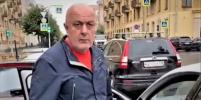 Конфликтом таксиста и женщины-инвалида в Петербурге заинтересовалась прокуратура